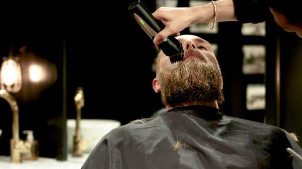 Slik trimmer du et langt skjegg