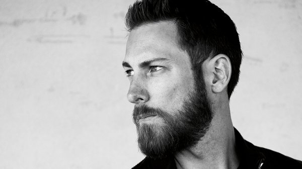 5 things men with perfect beard do every day